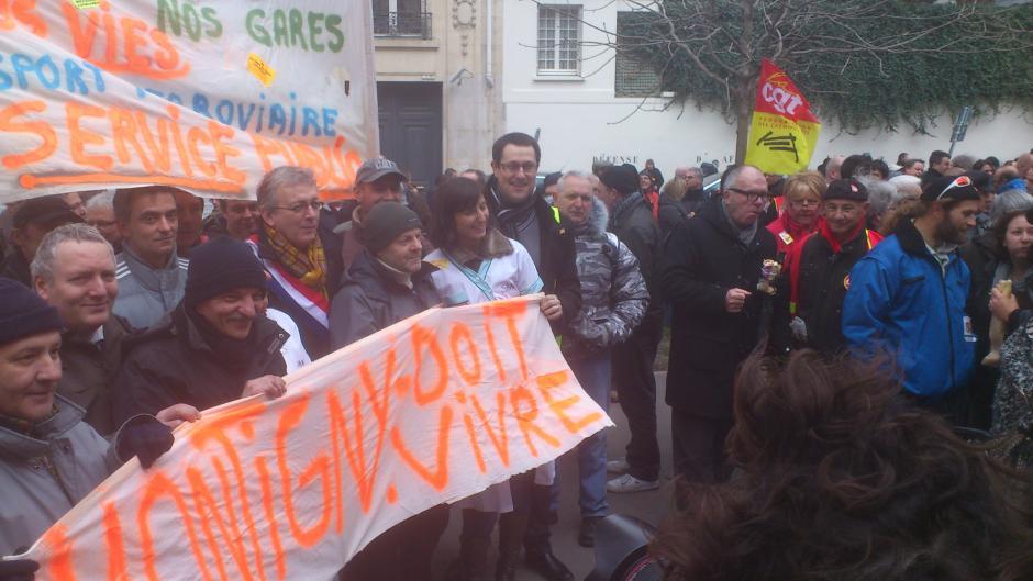 Non à la fermeture  des ateliers de Montigny lès Metz